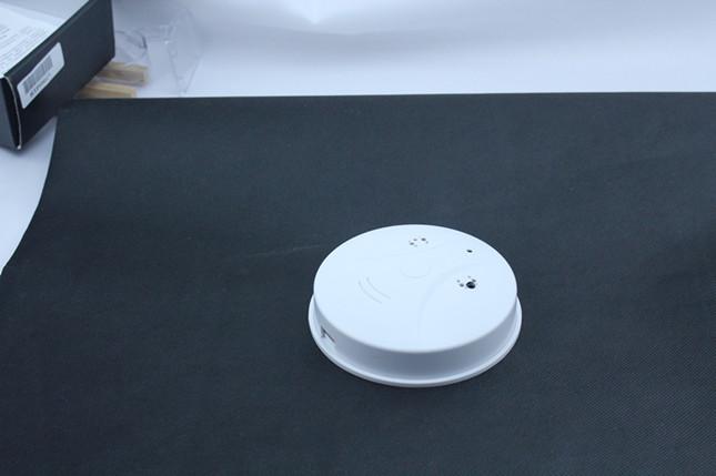 fernbedienung loop rec rauchmelder dv versteckte kamera. Black Bedroom Furniture Sets. Home Design Ideas